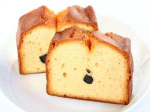 黒豆和三盆ケーキ中身の写真