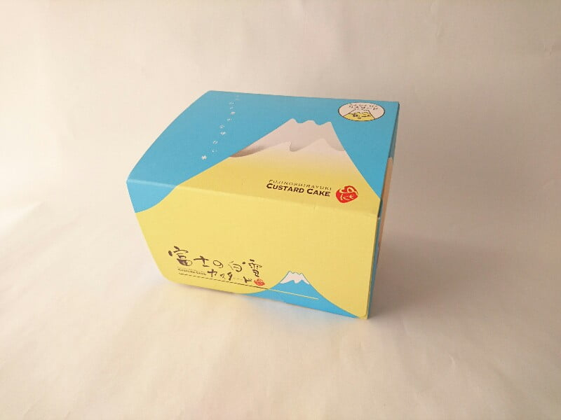 富士の白雪カスタードケーキ外装