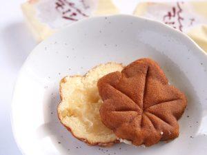 にしき堂 チーズクリームモミジ 中身の写真