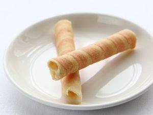 白桃クレープショコラロール中身の写真