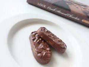 神戸クラッシュアーモンドチョコレート中身