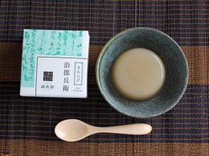 芋わらび餅 治郎兵衛 中身の写真