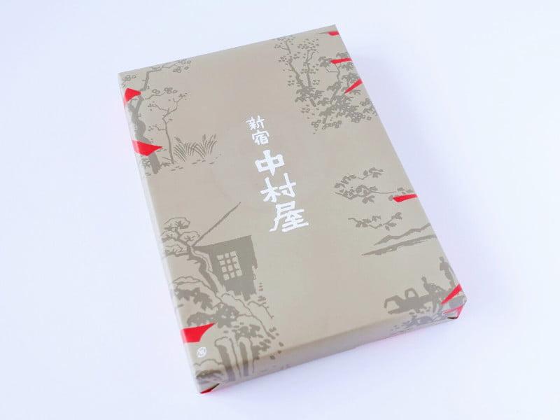 新宿中村屋 東京小型月餅 外装