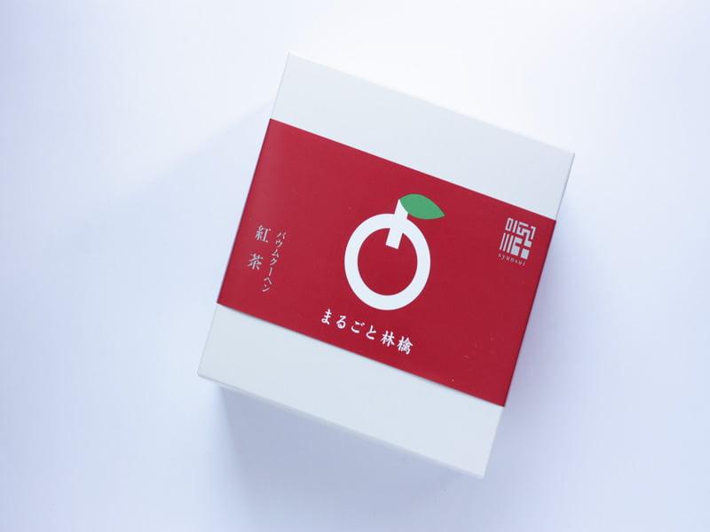 旬粋 まるごと林檎紅茶バウムクーヘン 外装