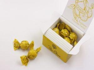 軽井沢チョコレートファクトリー チョコレートボールレモン 開封した写真