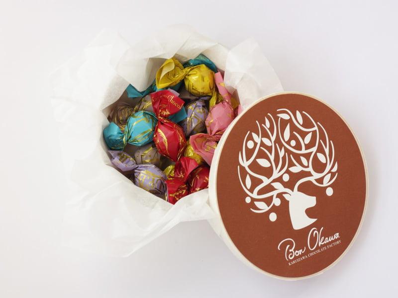 軽井沢チョコレートファクトリー チョコレートボールミックス 開封した写真