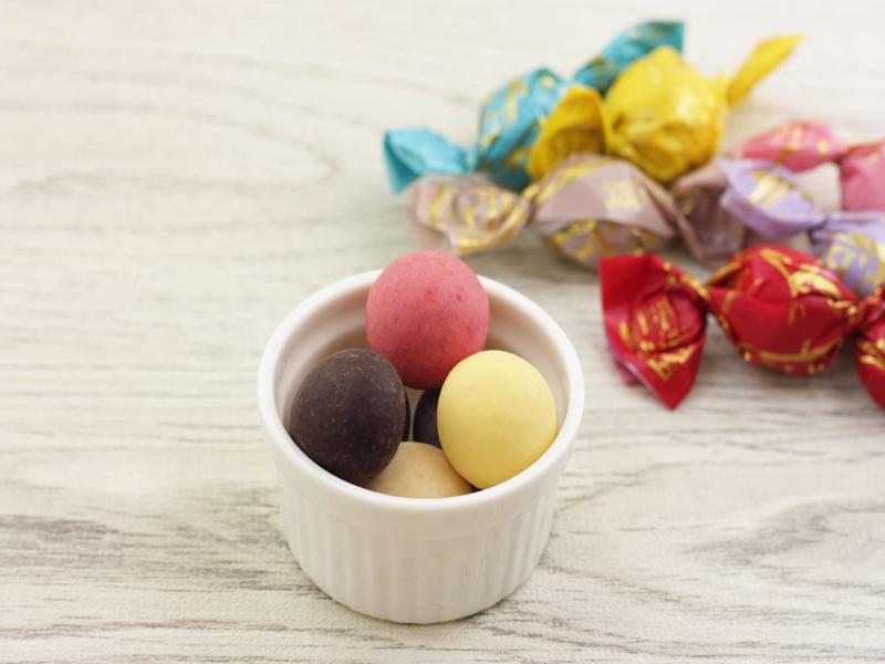 軽井沢チョコレートファクトリー チョコレートボールミックス 中身の写真