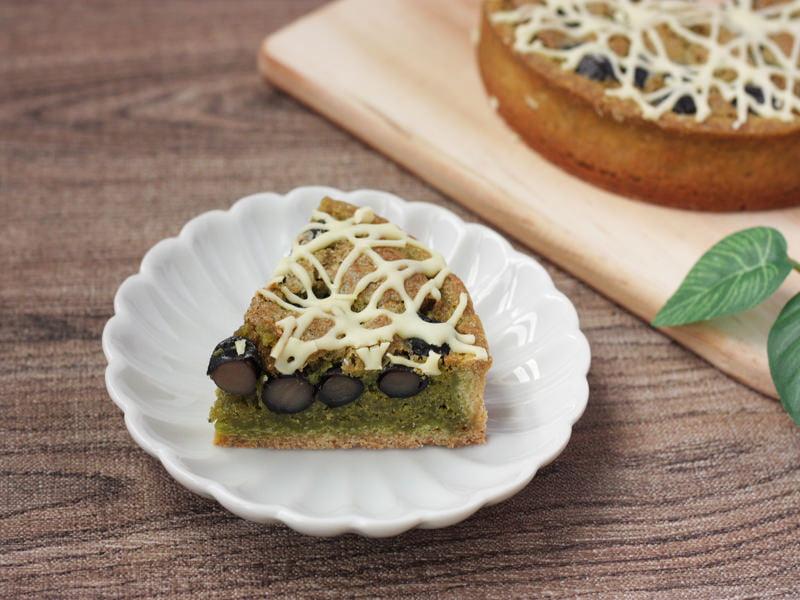 平五郎 宇治抹茶と黒豆のタルト 中身の写真