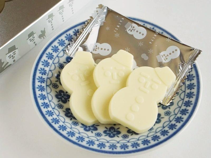 石屋製菓 雪だるまくんチョコレート(ホワイト)中身