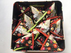 スヌーピー柿の種開封写真