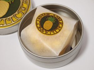星果庵 パイナップルチョコの金平糖 開封写真