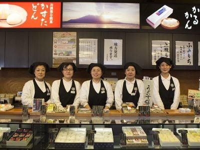 できたてのかるかん饅頭も!かすたどんで有名な鹿児島「薩摩蒸氣屋」の魅力とは