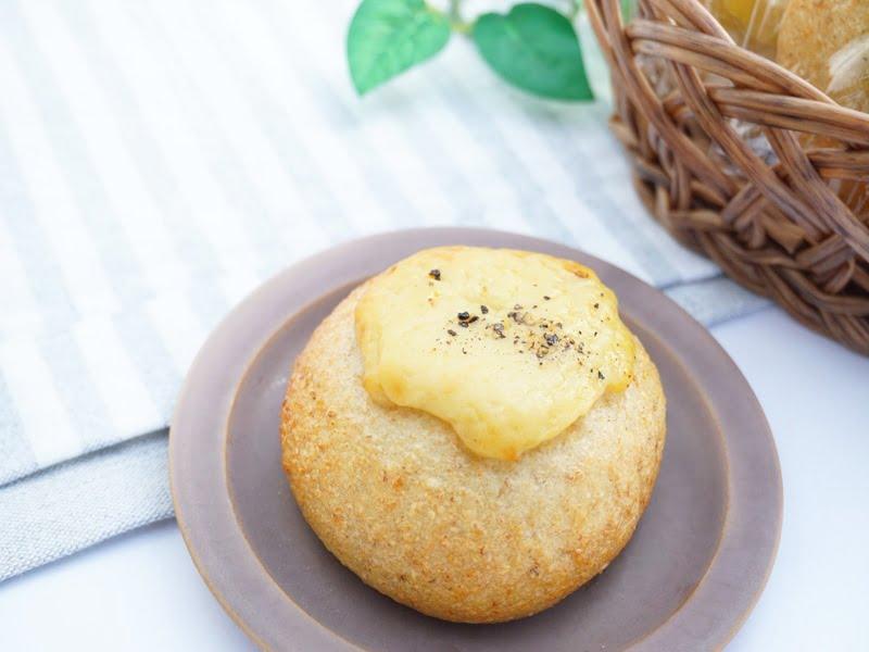 ベーグル屋ハル 豆乳チーズベーグル 中身の写真