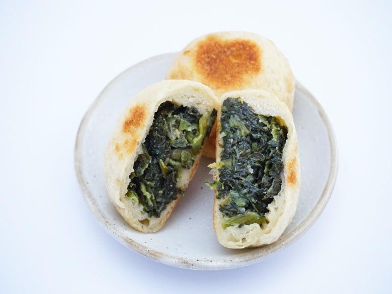 いろは堂 おやき 野沢菜 中身の写真