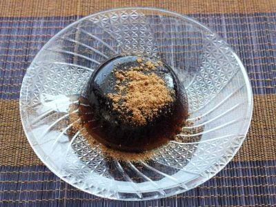 近江藤齋(おうみとうさい) 黒わらび餅
