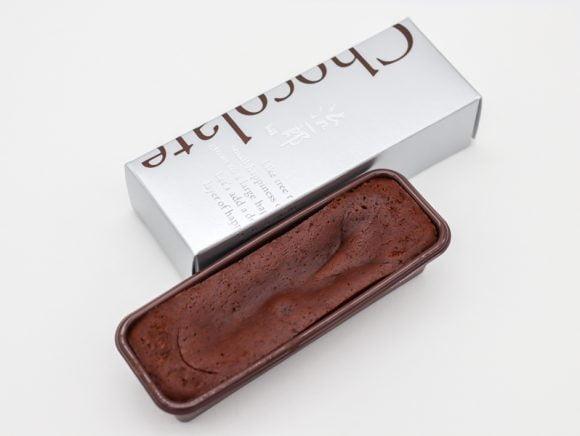 治一郎のガトーショコラ(チョコレート)のパッケージと中身